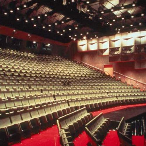 拉赫蒂城市剧院
