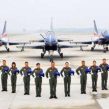中国空军在中国东海防空识别区首次空中巡逻