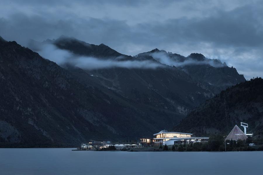 營地應用場景之然烏湖國際自駕與房車營地