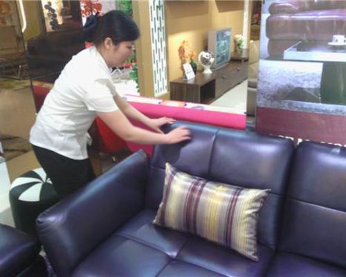 居家保洁:::清洗沙发