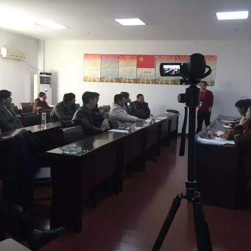 律师进村 催动农村产权交易