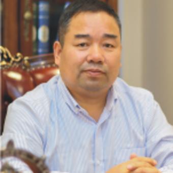 杨上坤  常务副会长