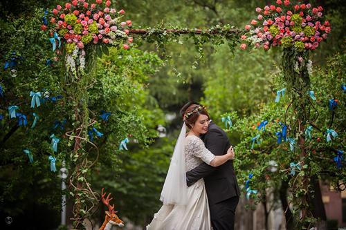 小清新户外婚礼布置步骤?户外婚礼布置重点?