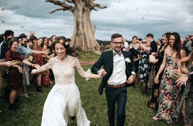 Junebug公布2017年*佳婚礼照片,每一个瞬间都很惊艳