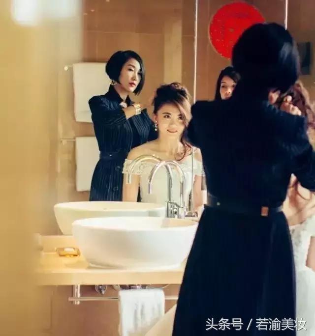 婚礼约好化妆师跟妆,你会美得万无一失!