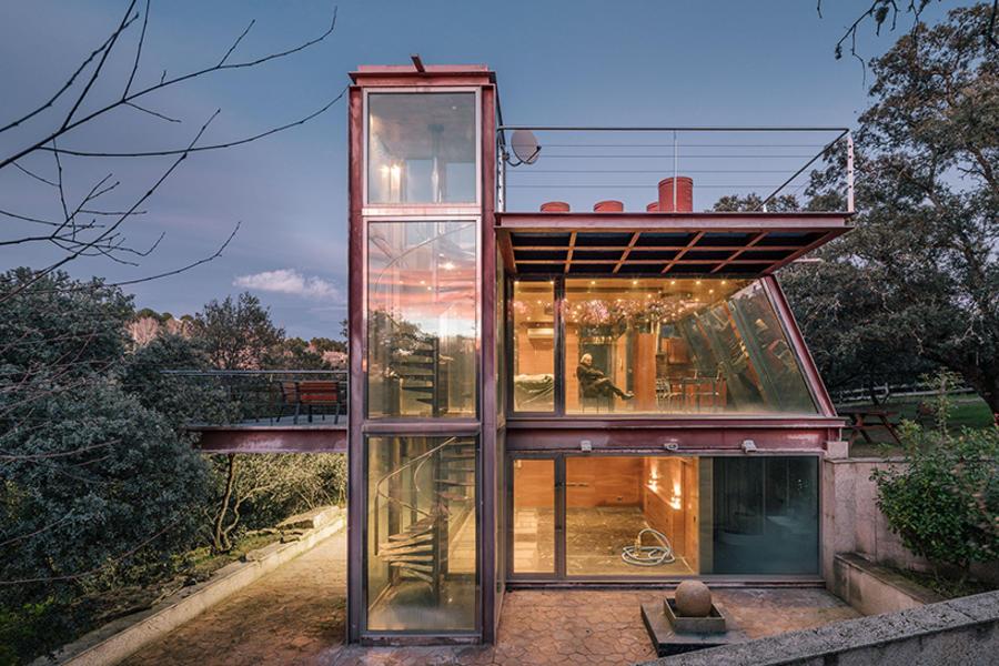通透鋼構造隱蔽小屋,用于冥想的靜思地