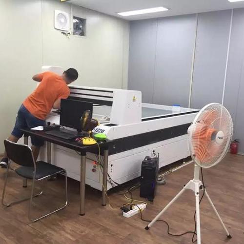韩国三星刀模制造实验室采购我公司CNC5060全自动影像测量仪