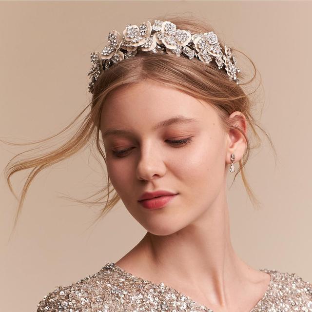 五种不同风格新娘婚礼发饰,你选对了吗?