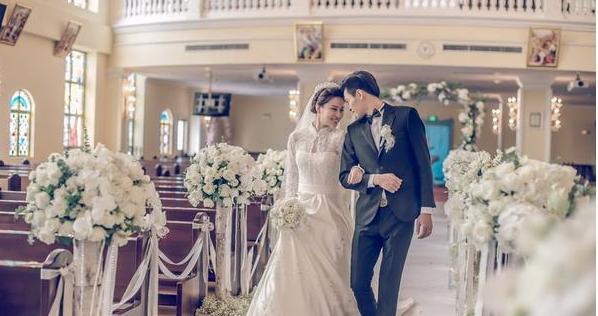 人生疑惑之一:结婚为什么爱办盛大的婚礼?
