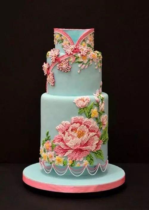婚礼就该与众不同,哪怕是蛋糕