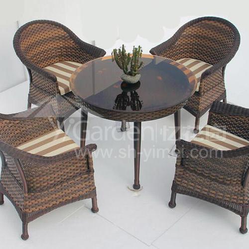 J01-022(1+4编藤桌椅)