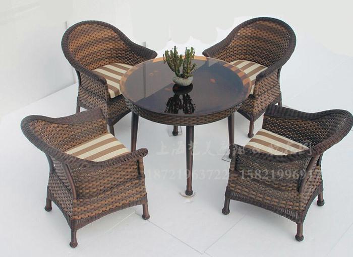 J01-022(1+4编藤桌椅).jpg