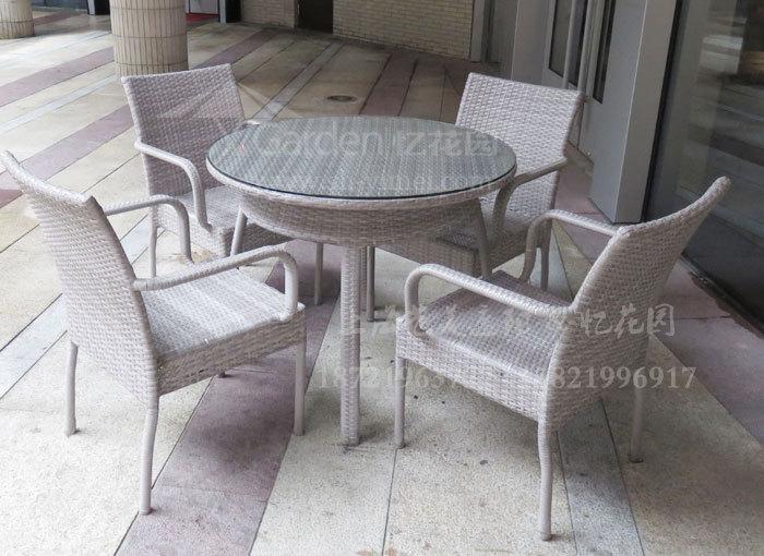 J01-084(1+4编藤桌椅).JPG