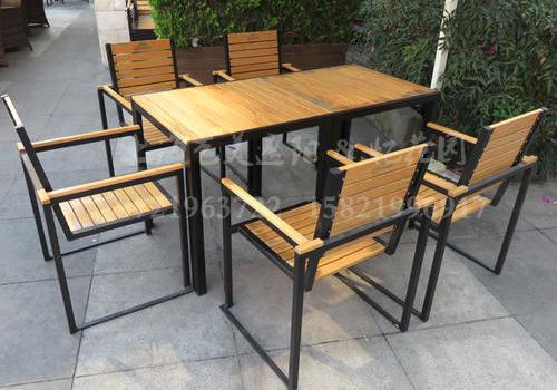 J06-010(塑木桌椅)