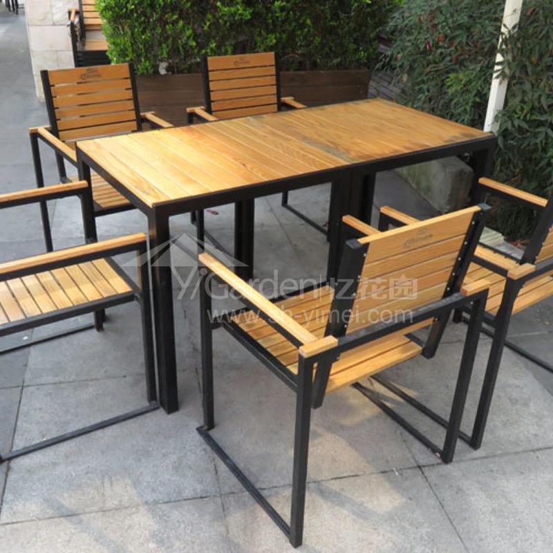 J06-010(塑木桌椅).JPG