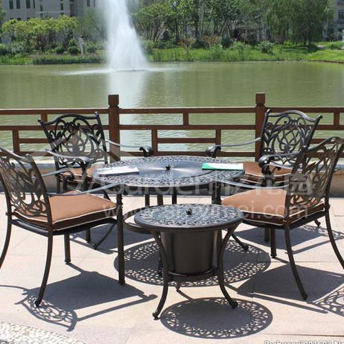 J03-019(1+4铸铝桌椅)