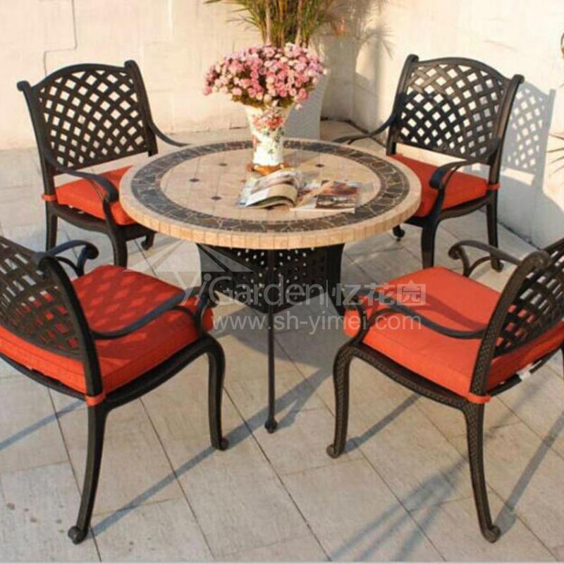 J03-002(1+4铸铝桌椅).jpg