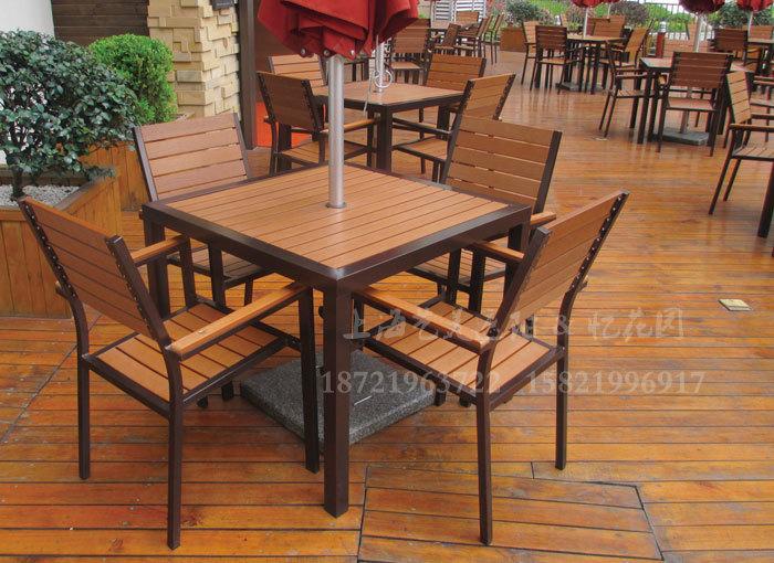 J06-006(塑木桌椅).JPG