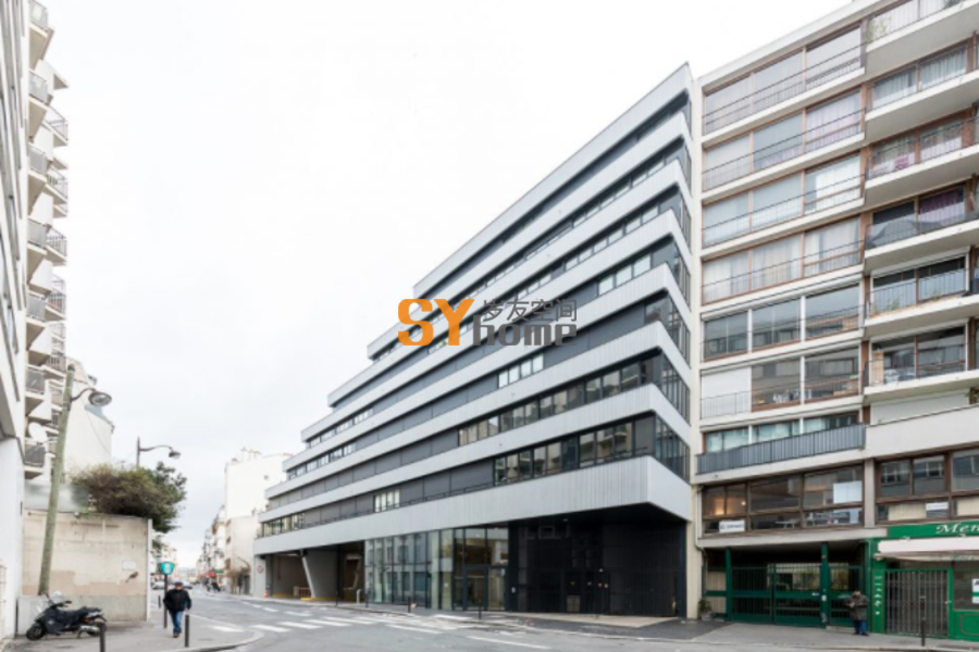 巴黎14区住宅楼及公交中心 / ECDM