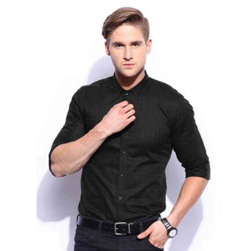 时尚黑色格子衬衫
