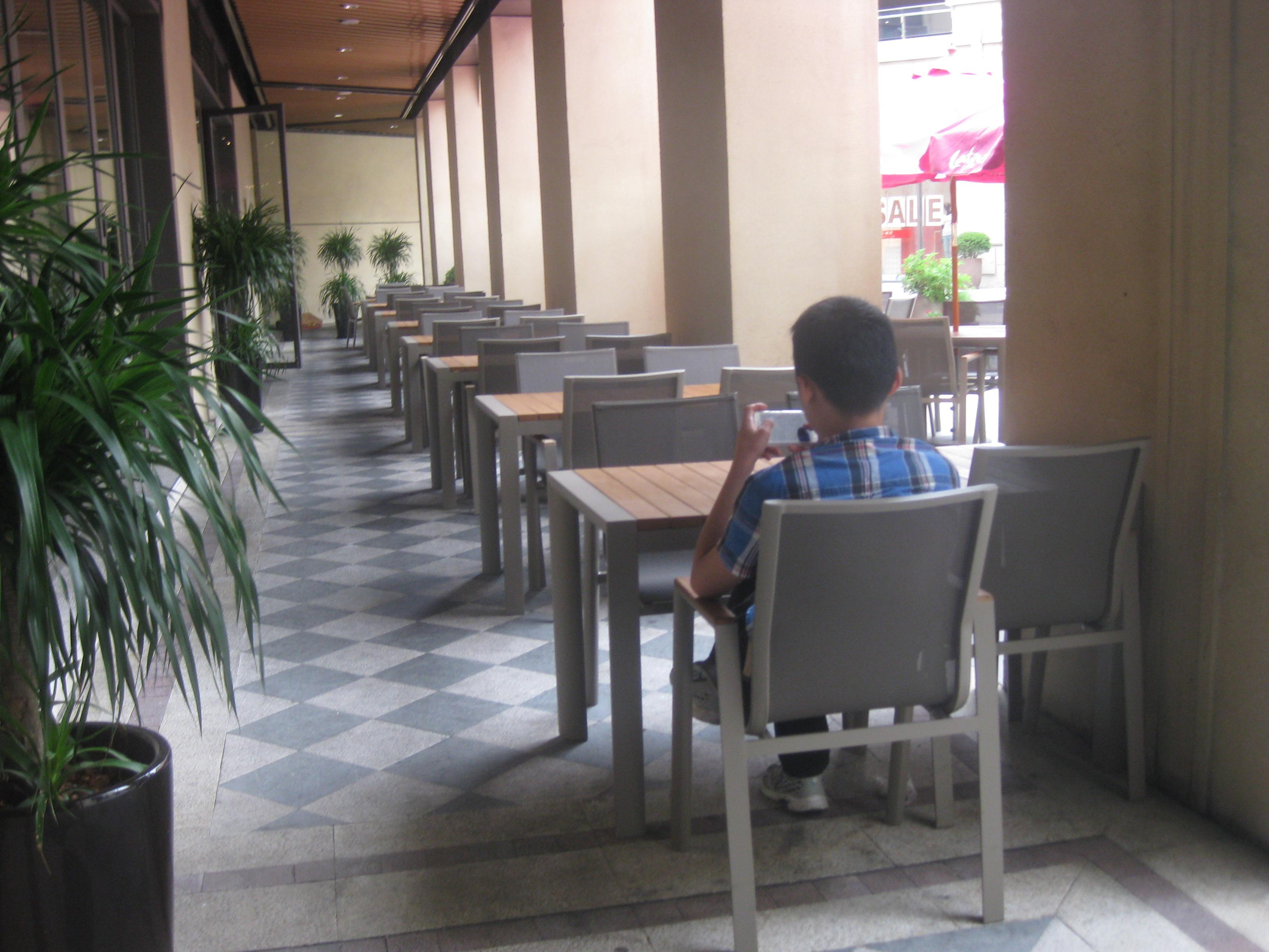 J07-020(网布桌椅).JPG