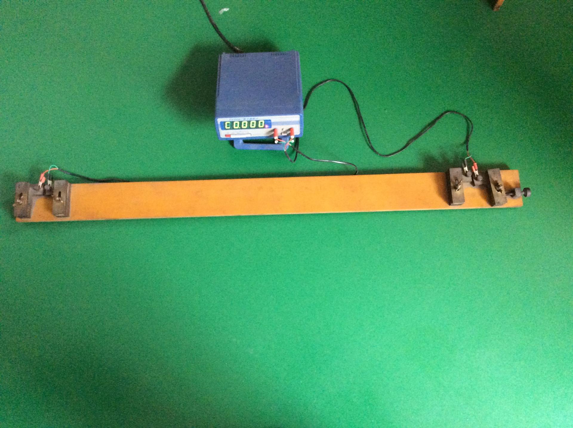 电阻测试仪.jpg