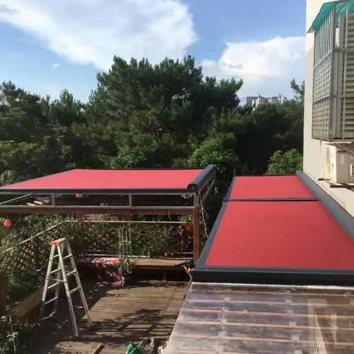 居家阳台轨道式遮阳案例