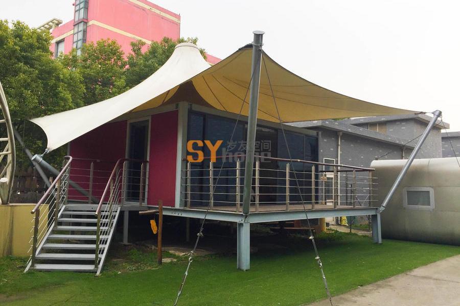 野奢格拉丹帐篷酒店