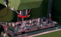CNC XY两轴自动铆接机