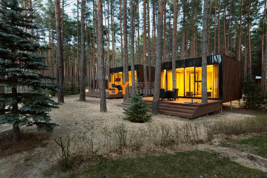 散落在乌克兰林间的木质旅馆