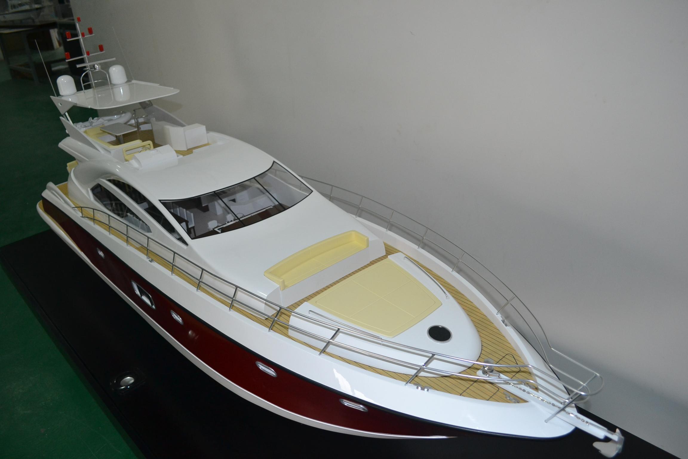 太阳鸟游艇股份有限公司--42尺--86尺.jpg