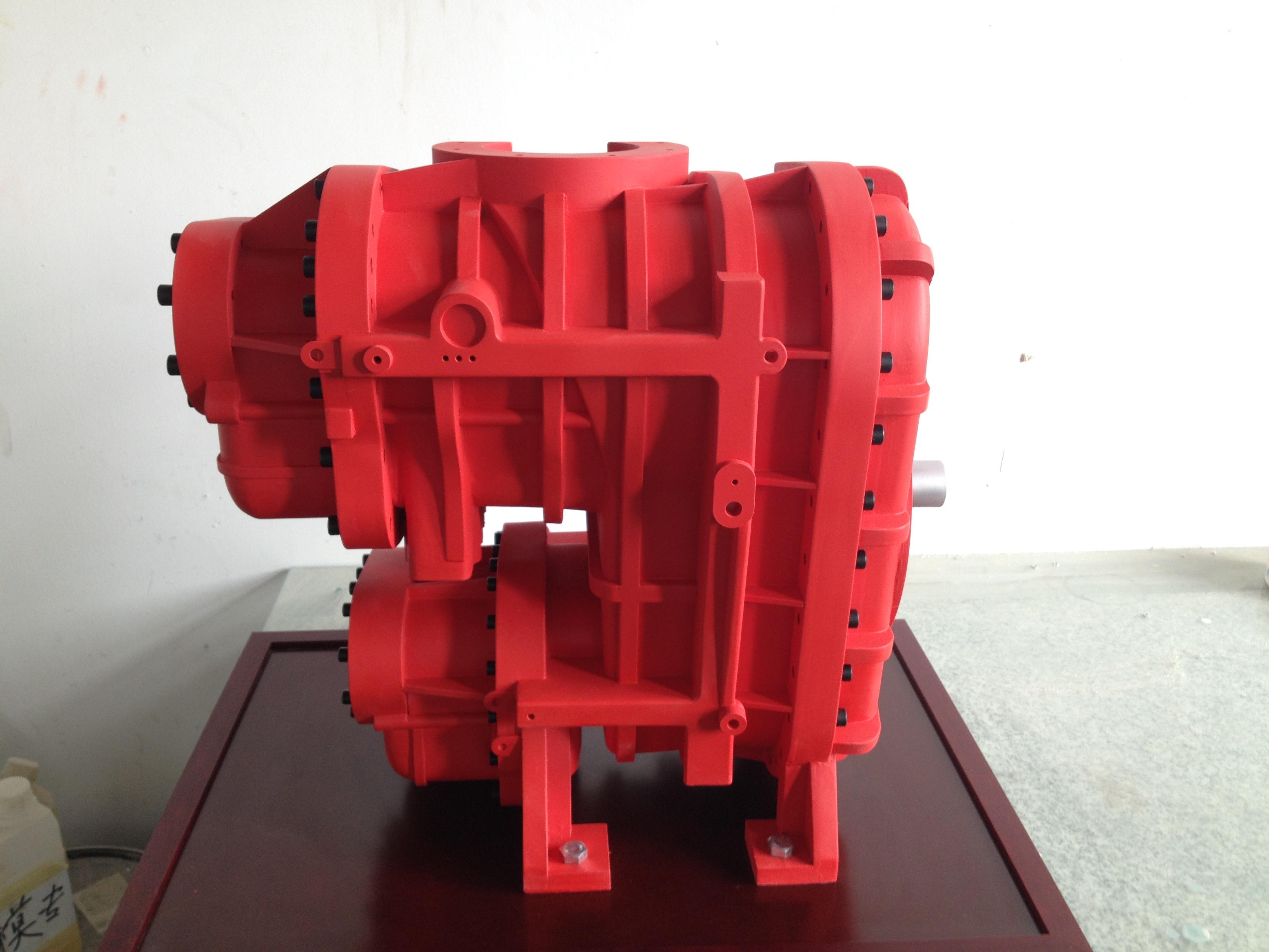 两级压缩螺杆主机(长500).JPG