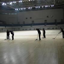 学校pvc地板清洗打蜡