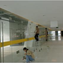 办公楼玻璃清洗保洁