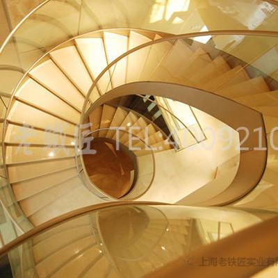 玻璃楼梯2