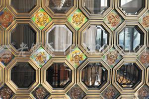 琉璃铜屏风