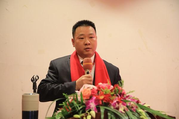 中共庐江县驻沪流动党委、庐江上海商会2017年联合年会隆重召开