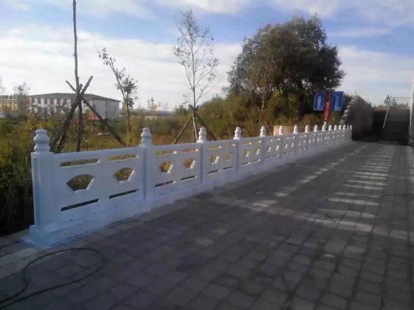 扇形河堤护栏3.jpg