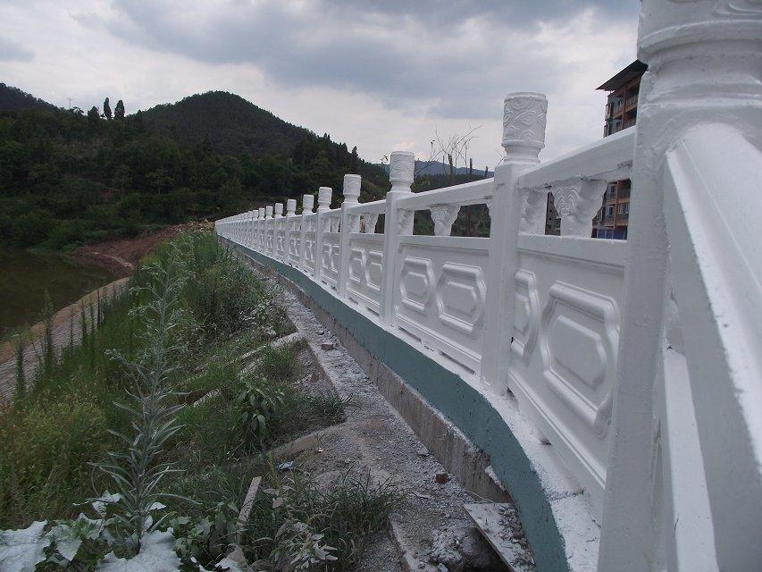 1.9米雕花河堤护栏13.jpg