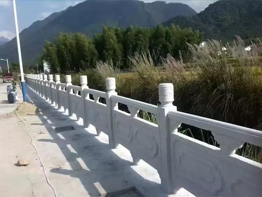 1.9米雕花河堤护栏16.jpg