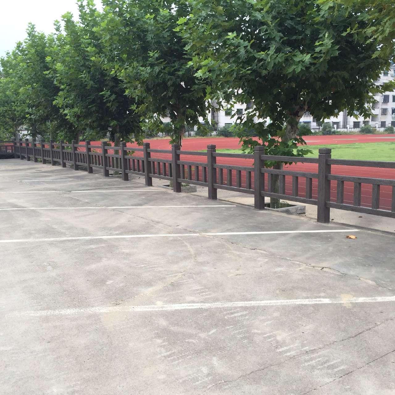 1.5米仿木护栏13.jpg