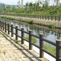 不同仿木护栏使用方法