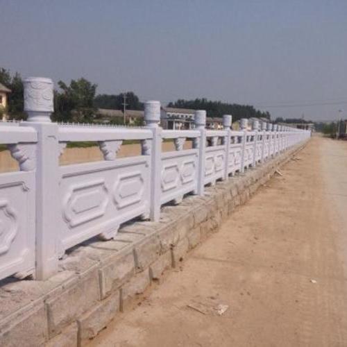 1.9米雕花河堤护栏