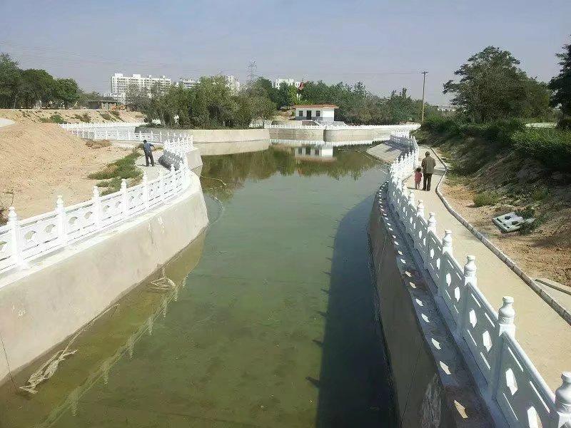 扇形河堤护栏58.jpg
