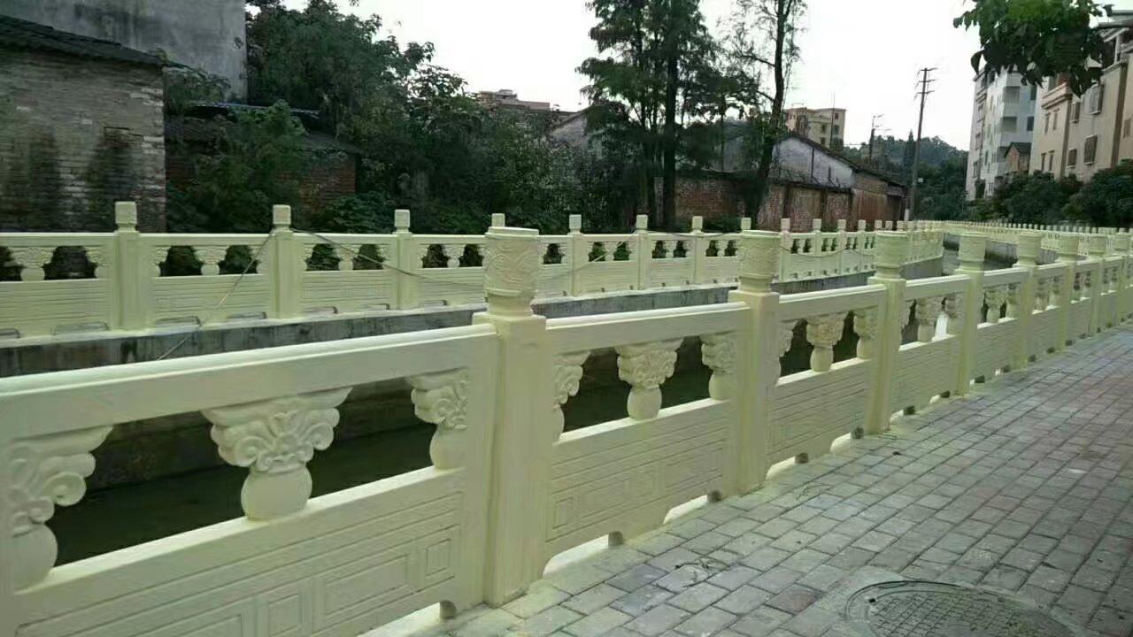 1.6米雕花河堤护栏12.jpg