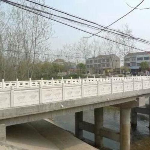 扇形河堤护栏