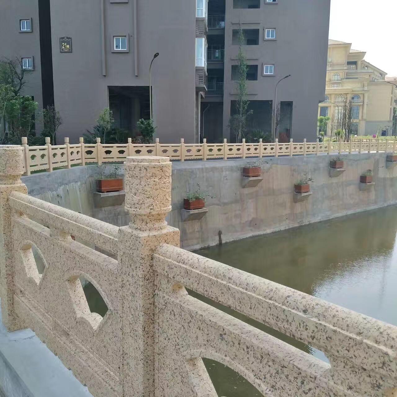 扇形河堤护栏81.jpg
