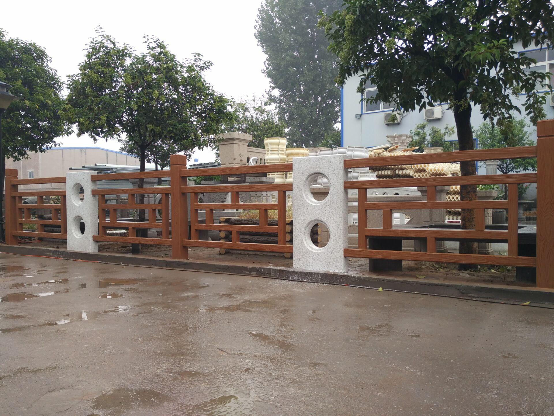 仿木方格护栏30.jpg