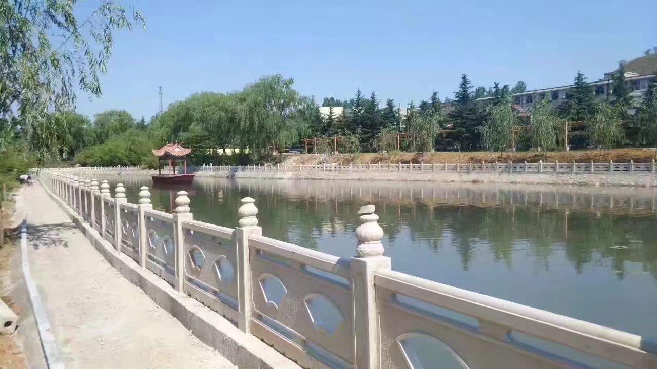 扇形河堤护栏56.jpg