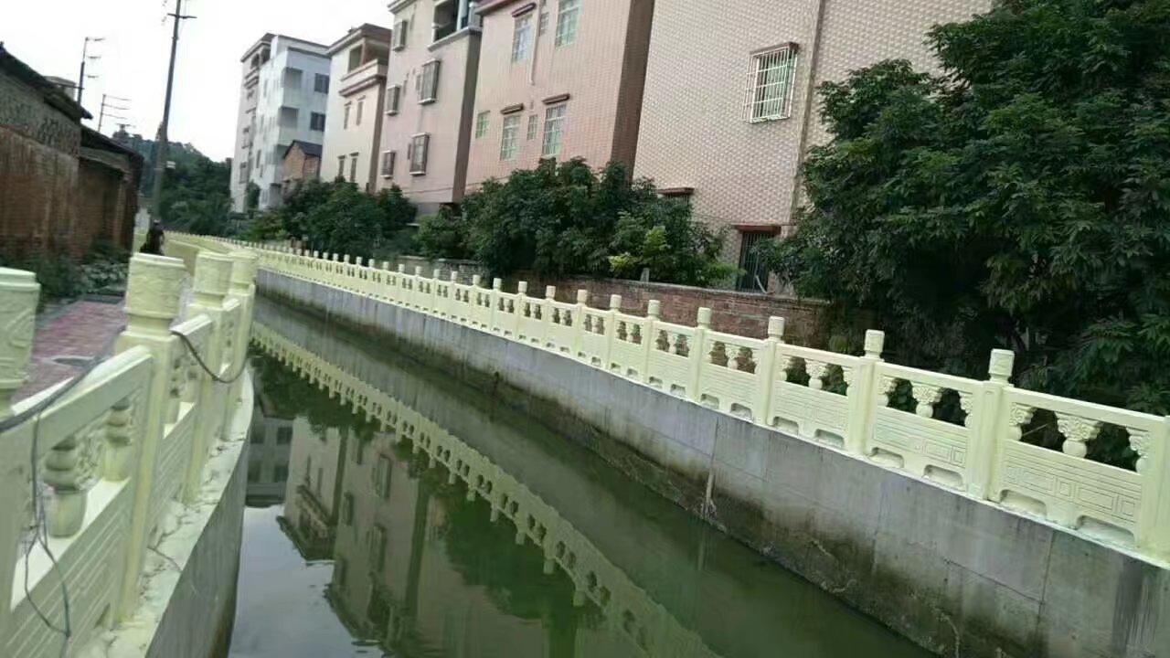 1.6米雕花河堤护栏1.jpg
